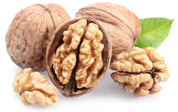 грецкий орех калорийность на 100 грамм