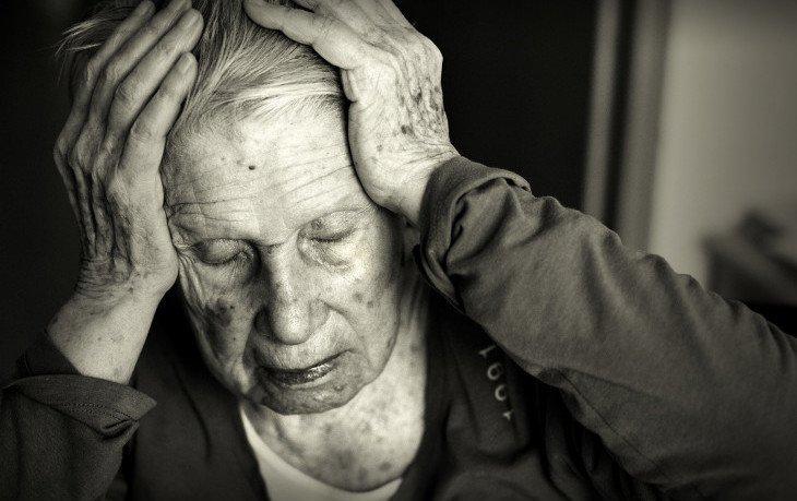 психологические причины альцгеймера