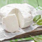 Польза, вред, калорийность домашнего сыра брынзы на 100 грамм
