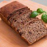 Польза, вред, калорийность бородинского хлеба на 100 грамм, в 1 куске