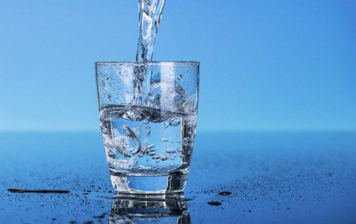 сколько пить воды в день
