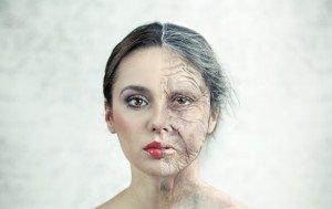 Россияне рассказали, что вызывает преждевременное старение
