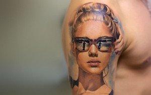 Ученые рассказали про вред татуировок