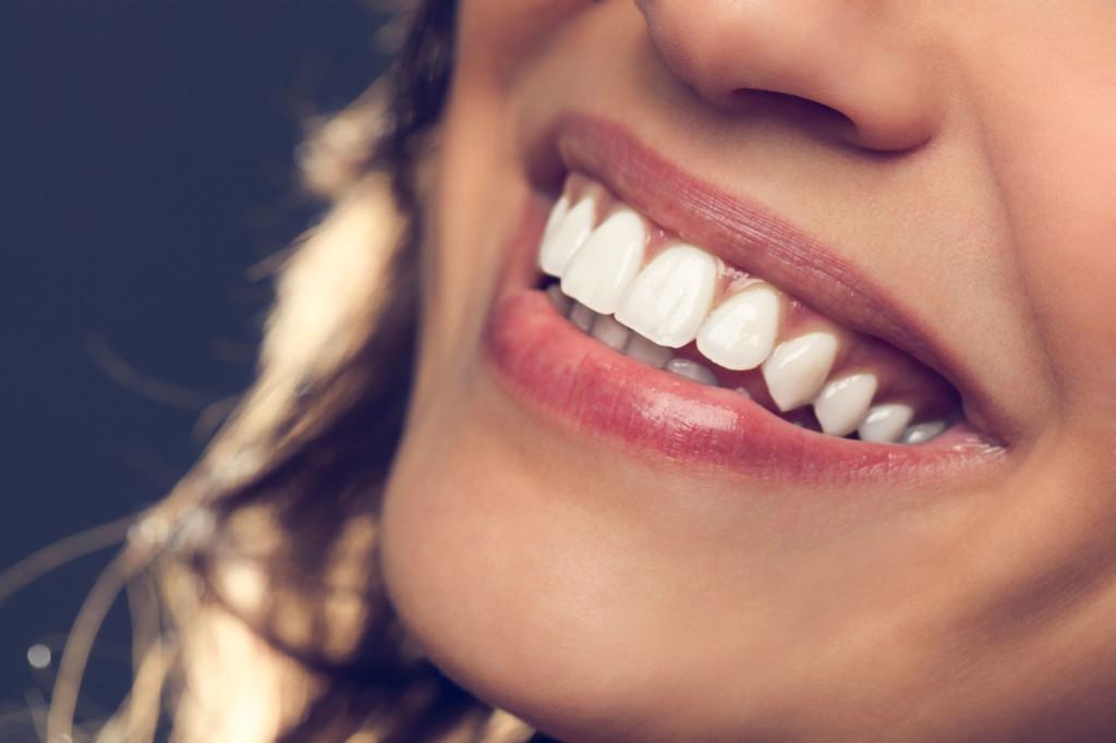 Акулы помогут людям восстановить зубы