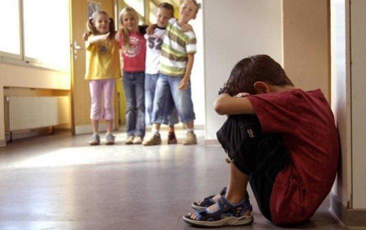 издевательства над учениками