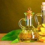 Калорийность подсолнечного масла на 100 грамм, в 1 ложке, польза, вред продукта
