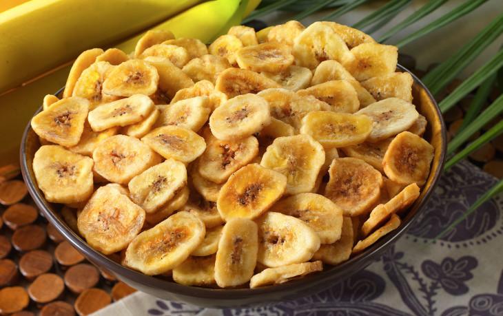 сушеные бананы калорийность на 100 грамм