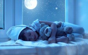 Луна вредит детскому сну