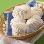 Польза, вред, калорийность белого зефира в 1 шт., на 100 грамм