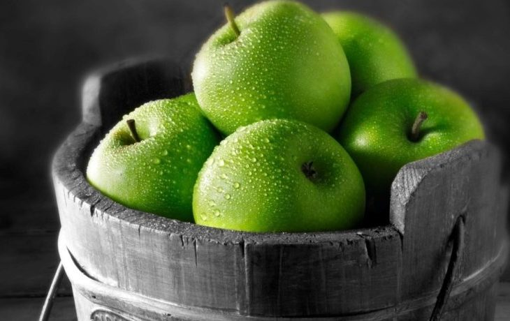 калорийность 1 зеленого яблока