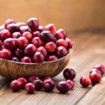 Польза, вред, калорийность клюквы на 100 грамм