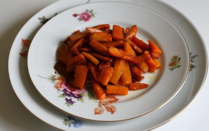 калорийность тушеной моркови с луком