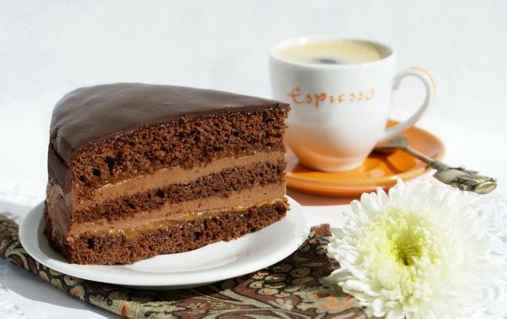 торт прага калорийность на 100 грамм