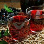 Польза и вред ягод черной смородины