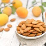 Польза и вред орехов из абрикосовых косточек, семечек, зерен абрикоса