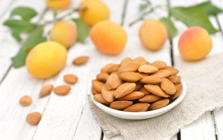 орехи абрикоса польза и вред