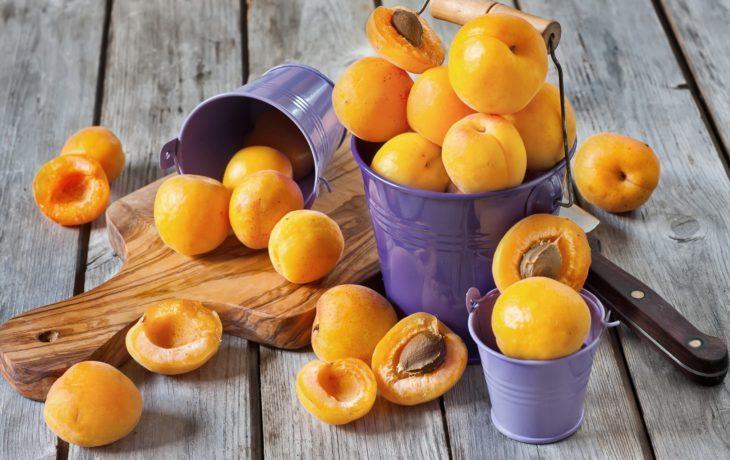 польза и вред абрикосов для здоровья
