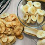 Польза и вред банановых чипсов, кожуры