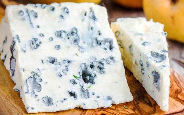 сыр с голубой плесенью польза и вред