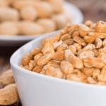 Польза и вред жареного соленого арахиса