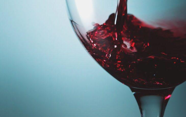 красное полусладкое вино польза и вред