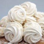 Польза и вред зефира белого, в шоколаде, на агаре, домашнего