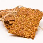 Польза и вред льняных, амарантовых, овсяных хлебцев