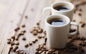 Хочется кофе: чего не хватает в организме человека