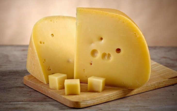 хочется сыра почему