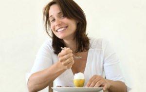 Если хочется сырых яиц: чего не хватает в организме