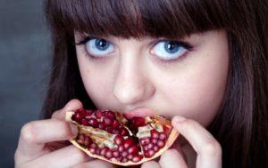 Почему хочется съесть гранат: основные причины