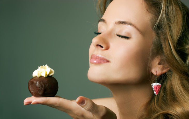 почему хочется скушать сладкое