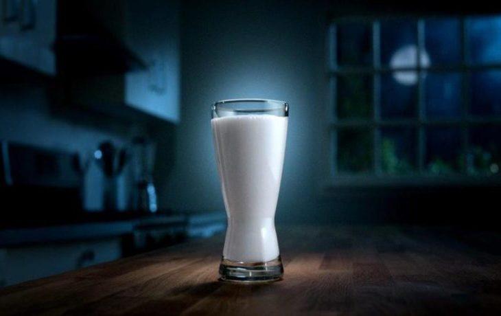 вредно ли пить кефир на ночь