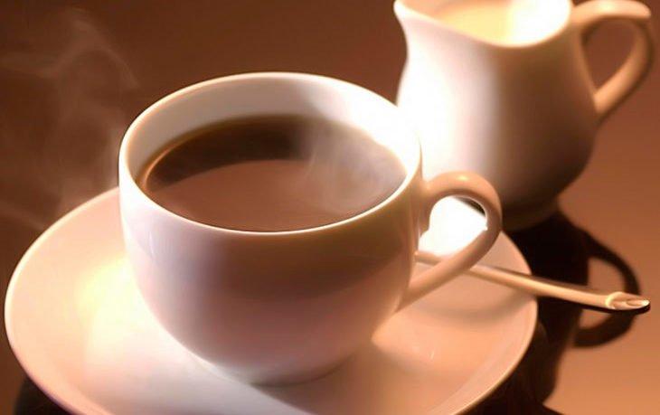 вредно ли пить кофе с молоком