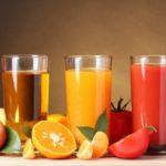 Почему вредно пить свежевыжатые соки? Вся правда!