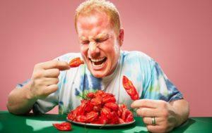 Вредно ли кушать острое? Подборка фактов
