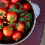Вредно ли кушать помидоры? Подборка фактов
