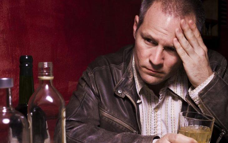 хочется алкоголя почему