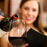 Почему вредно пить вино? Основные причины