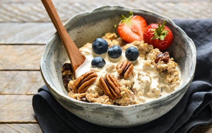 почему полезно кушать овсянку на завтрак
