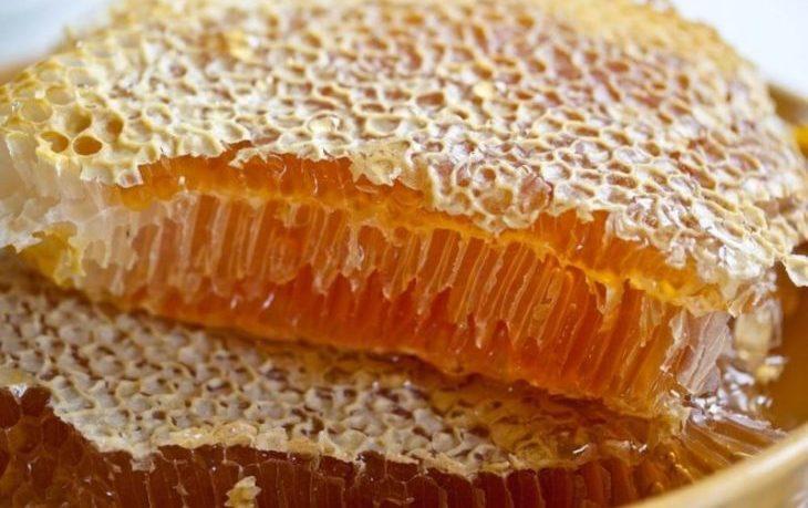 полезно ли кушать соты с медом