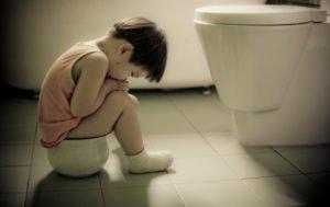 Что нельзя есть при запорах у детей