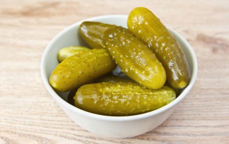 полезно ли кушать соленые огурцы