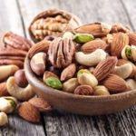 Полезно ли есть орехи каждый день