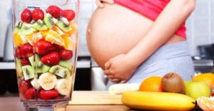 Какие фрукты полезно и вредно есть беременным