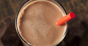 Полезно ли пить какао с молоком