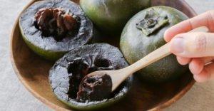 10 полезных свойств черной хурмы