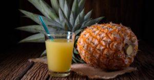 10 полезных свойств ананасового сока