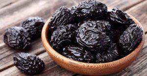 10 полезных свойств чернослива