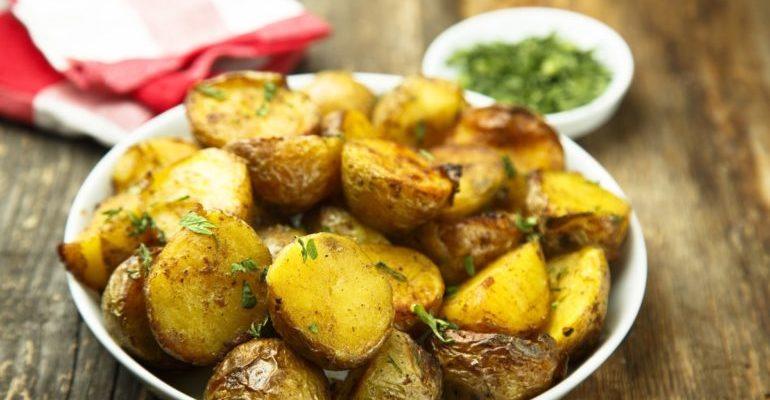 чем полезен запеченный картофель
